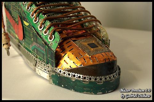 pazza da circuiti riciclata scarpe nike (foto)